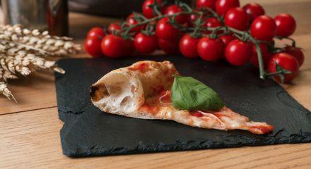 Pizza Napoletana con farina multicereali